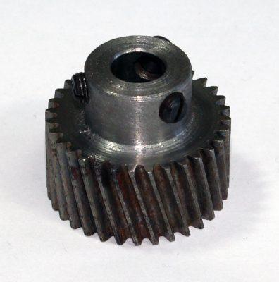 Подольские швейные машины (запчасти) Челночный вал зубчатого колеса 850760